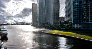 Miami Travel Guide and Travel Information