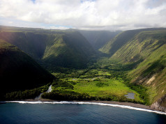 Big Island of Hawaii - Travel Guide and Travel Information